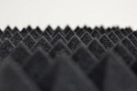1m² Akustik Pyramidenschaum Tafeln 50 x 50cm anthrazit 40mm